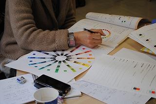 社内デザイナー養成科授業風景